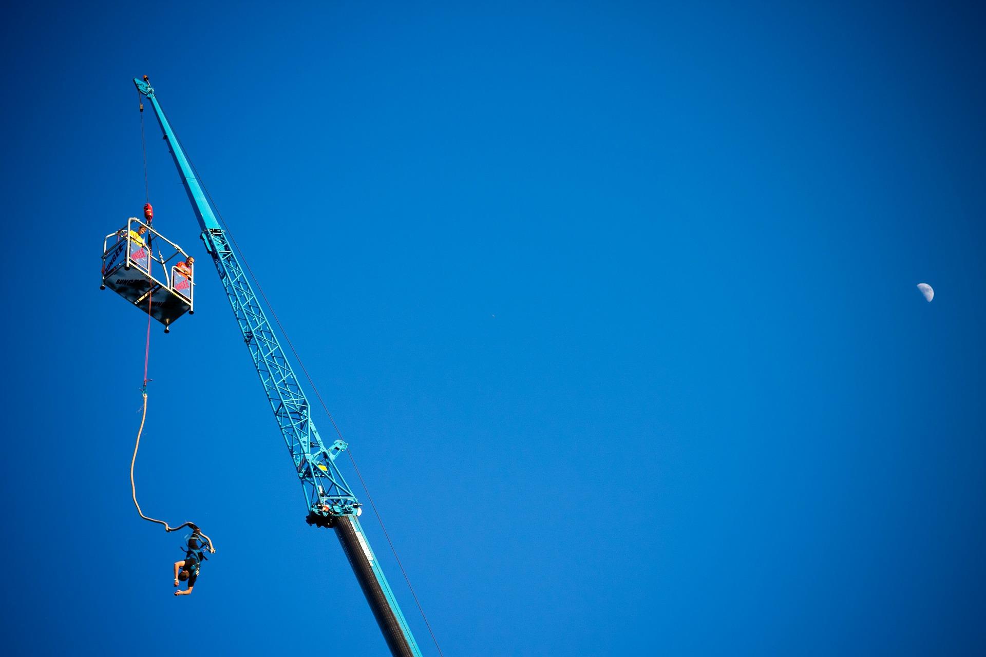 人生一度は飛んでみたい!?東京都内近郊の絶景&絶叫「バンジージャンプ」スポット7選