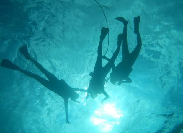 青の洞窟と美ら海シュノーケリング