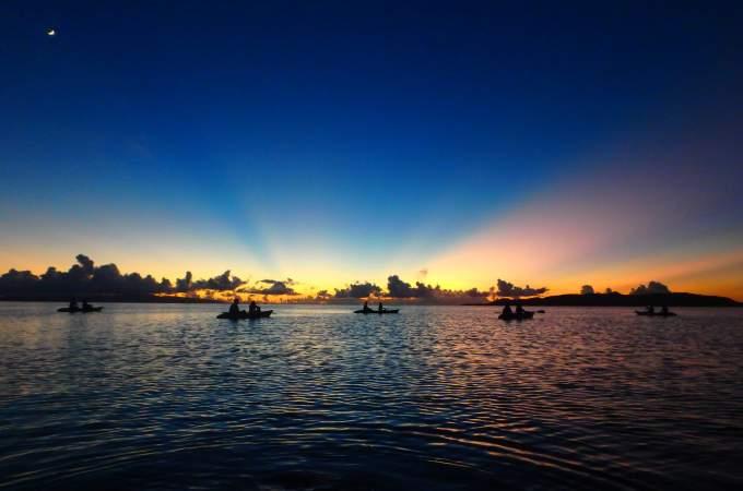 夕日と星空のカヤック