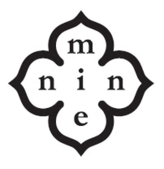 mienin(ミーニン)オーナーの立花さんは、ハンドメイドショップやリアル店舗でも販売をしております。トレンドをおさえつつ、長く愛用できるアイテムづくりができます。