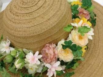 人形町【あなたの帽子を華やかに】アーティフィシャルフラワーアレンジで花かんむりづくり