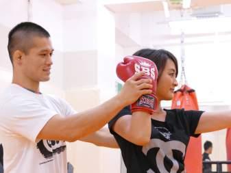 吉祥寺【元プロ格闘家がボクササイズ体験】マンツーマンのキックボクシングでボディメイク